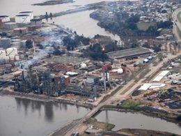 imagen del contenido Obras en la refinería de La Teja avanzaron un 4% cuando debió ser un 25%