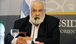 """imagen del contenido Fernández Huidobro y la """"banalización del horror"""""""