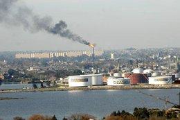 imagen del contenido U$S 10 millones de sobrecostos por retraso en obras de refinería