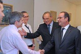 imagen del contenido Hollande elogió el trabajo que desempeña el Instituto Pasteur a nivel mundial