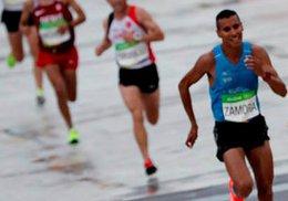 imagen del contenido Maratón: Andrés Zamora llegó 20° y fue el mejor latinoamericano