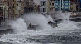imagen del contenido Irma golpeó fuerte: parte de La Habana inundada y sin electricidad