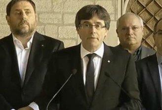 """Para Puigdemont, las medidas de Rajoy, """"son el peor ataque que sufre Cataluña desde la dictadura franquista"""""""