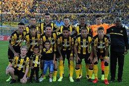 imagen del contenido Peñarol derrotó a Racing 2-0 con gol de Fidel Martínez y Walter Gargano en gran nivel