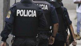 imagen del contenido 8 de marzo comenzó con una mujer y policía que la custodiaba asesinados
