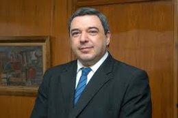 imagen del contenido Se va Bergara, quiere ser candidato, y Astori anuncia que lo reemplazará Alberto Graña