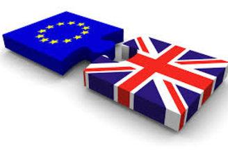 Primera ministra británica confirma aplazamiento de votación sobre Brexit