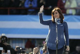 """""""Ladrona de la Nación Argentina"""": Cristina Fernández demandó a Google por información falsa y ofensiva"""