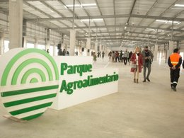 imagen del contenido Bloquean el tránsito, piden subsidio y renuncia de presidente de Unidad Agroalimentaria