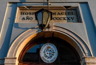 """Hospital Maciel: Trabajadores denuncian """"mal manejo de los recursos en plena pandemia por parte de las autoridades"""""""