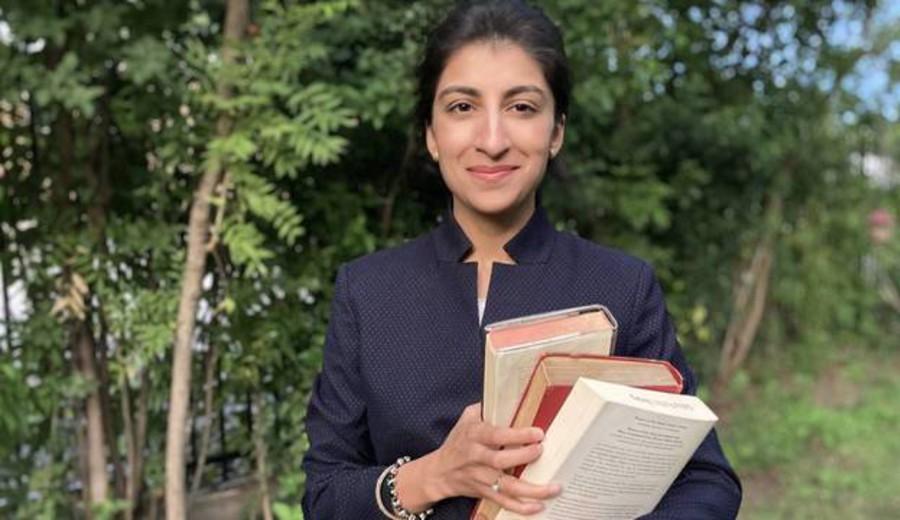 """imagen de Lina Khan, la abogada """"genio"""" de Yale, es la mayor pesadilla de las """"Big Tech"""" y sabe cómo derrotar a Amazon"""