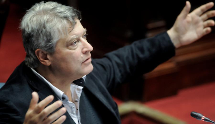 imagen de No va más para Michelini: deja de ser secretario político del FA