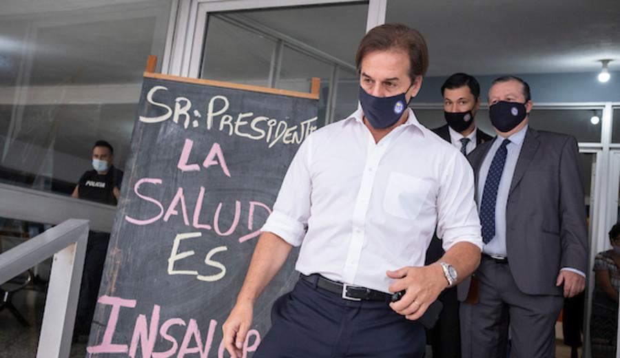 """imagen de Lacalle Pou: si las cosas salen mal """"la responsabilidad es del presidente de la República"""""""