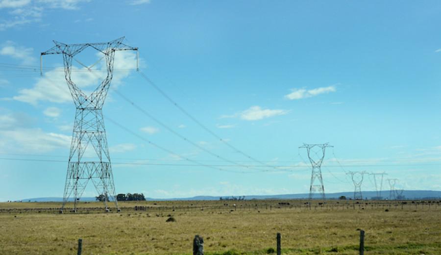 imagen de Gobierno quiere llegar a 100% del país con energía eléctrica
