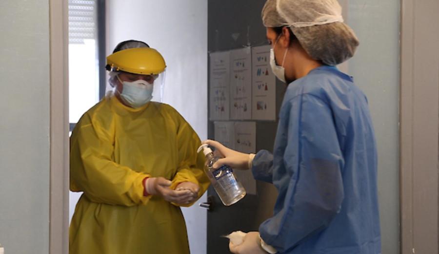 imagen de Coronavirus: 306 casos nuevos, ocho fallecidos y 89 personas en cuidados críticos