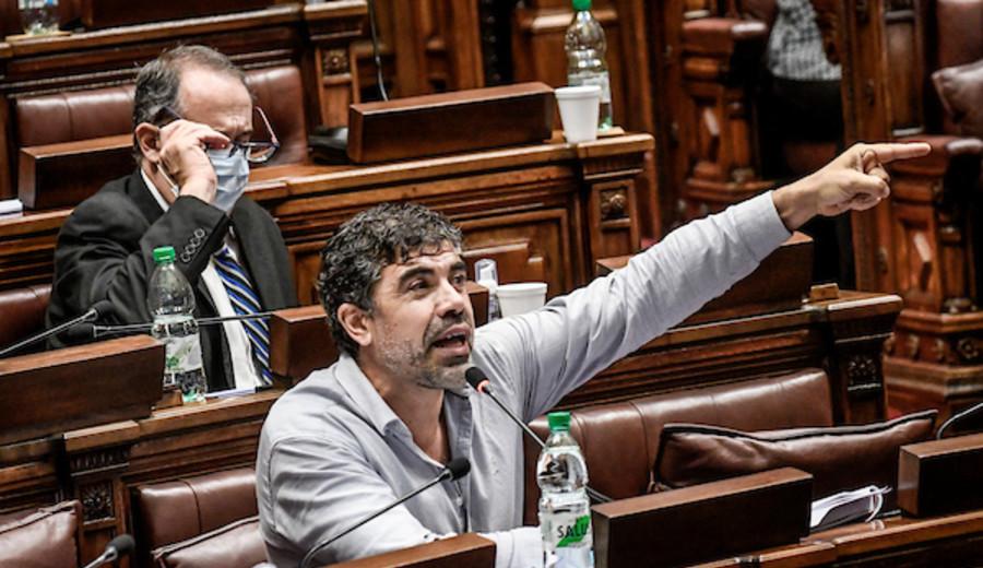 """imagen de Andrade debatirá con Manini Ríos sobre la LUC """"para favorecer una decisión informada de nuestro pueblo"""""""