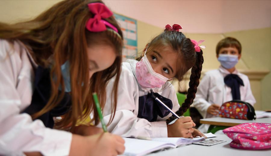 imagen de La Educación: Crítica y perspectivas de cambio.