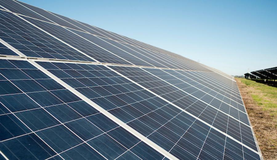 imagen de Biden quiere que para 2035 el 40% de la electricidad de EEUU provenga de energía solar