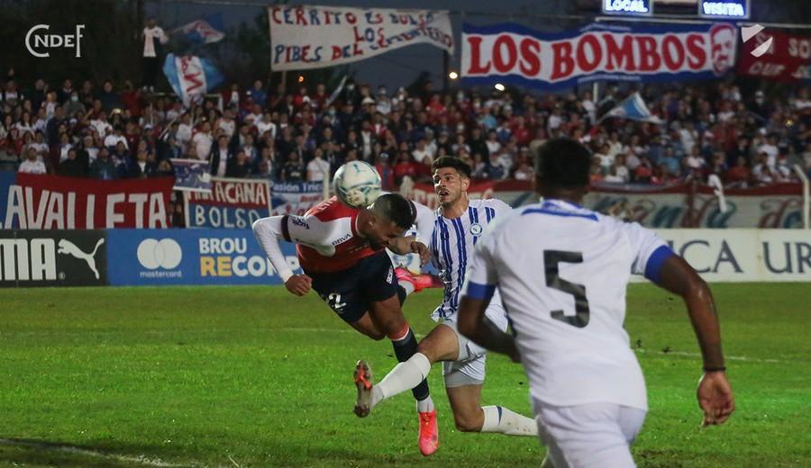 imagen de Nacional empató 1-1 con Cerro Largo en el inicio del Torneo Clausura