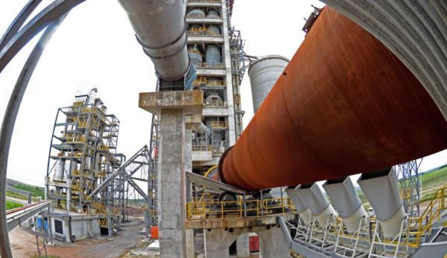 imagen de Cementera Cielo Azul inaugura planta en Treinta y Tres: inversión de U$S 140 millones