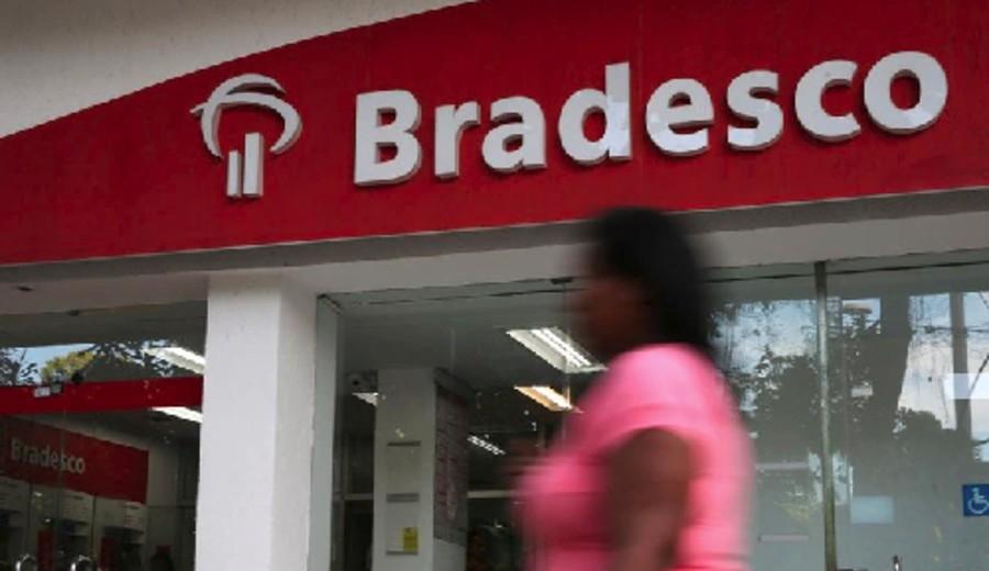 imagen de Éxodo de empresas en Argentina: luego de 20 años, uno de los principales bancos de Brasil dejará de operar