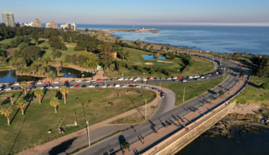imagen de Fin de semana con paseos peatonales en Montevideo