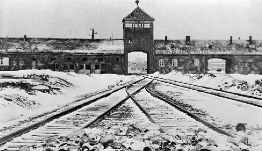 imagen de El levantamiento de Auschwitz: el día que los prisioneros quisieron escapar del infierno y la cruel venganza nazi