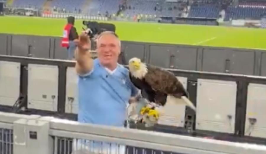 imagen de Lazio despide al adiestrador de su mascota por realizar gestos fascistas en público