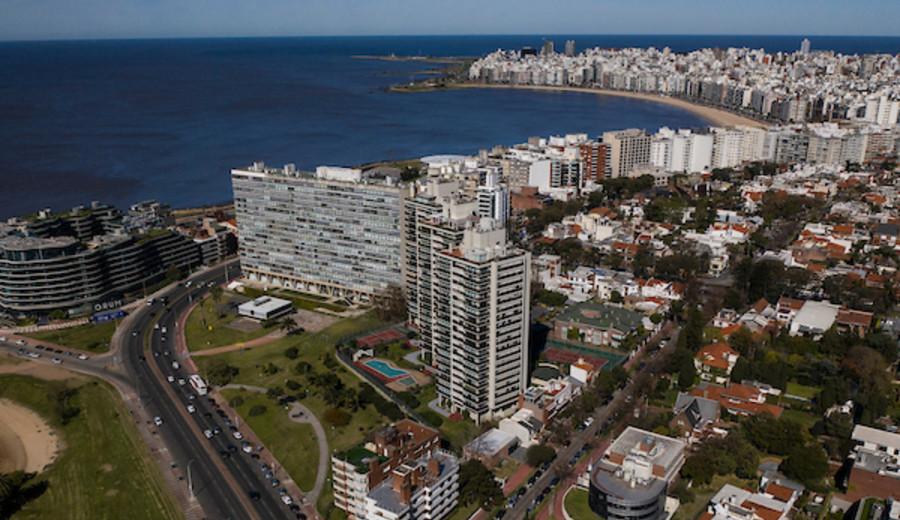 imagen de Montevideo premiada como Destino Turístico Emergente Líder de América del Sur 2021